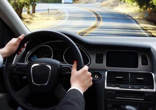 汽车实用知识:驾驶技巧和汽车保养知识