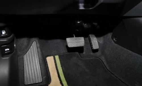 自动挡停车先熄火还是先挂P挡?为你解答关于自动挡的三大争论